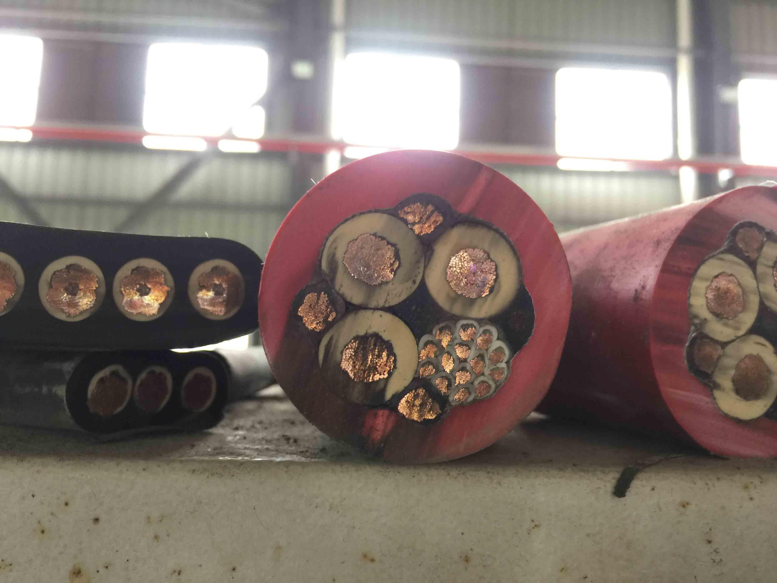 YGKFRP移动设备(堆取料机、港机) 卷筒用6-10KV高压软电缆
